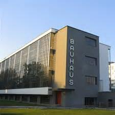 PowerPoint Bauhaus, a school that was an architectural style