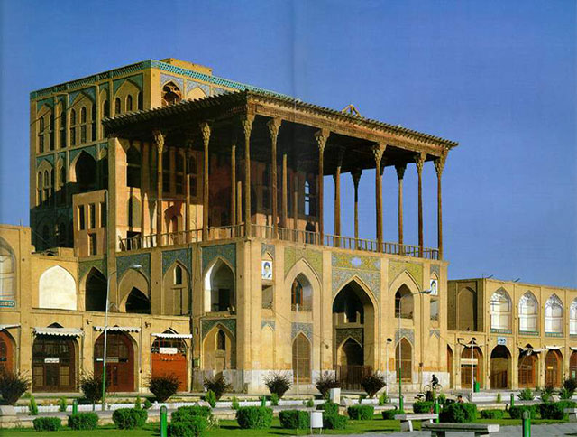 Research Qapu Palace in Isfahan